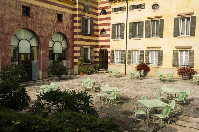 Corte Esterna Villa De Winckels